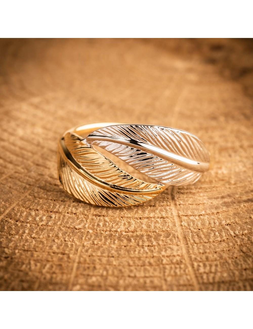 bague or blanc plume